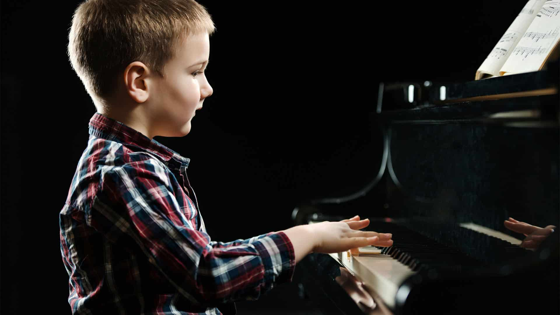 Piano Teacher Kensington, Piano Tutor Kensington, Piano School Kensington